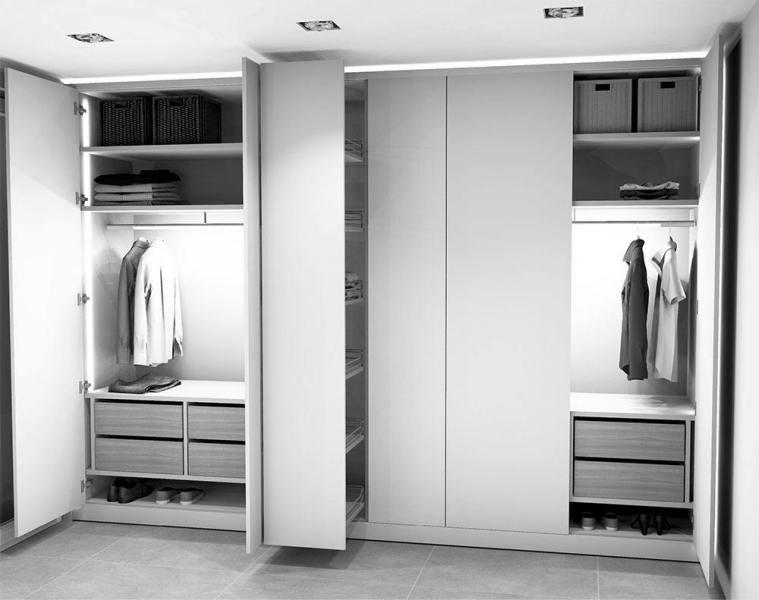 Schreinerei-Siefert-Garderobenschrank-EG-405