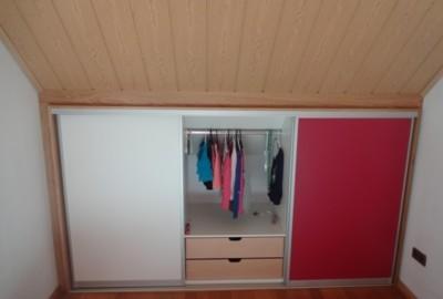 Dachschrägen sinnvoll nutzen anstatt immer wieder Kopf anschlagen - Schreinerei, Möbel, individuell, hochwertig, Rein-Main-Neckar-Kreis